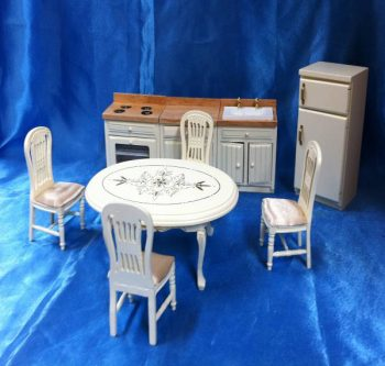 Dolls house furniture Set Kitchen